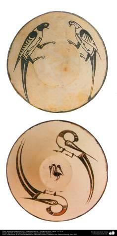 Platos hondos decorados de aves– cerámica islámica – Nishapur de Irán - siglos X y XI dC.