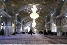A sala Dar al-Hikmah (Casa da Sabedoria), com seus visitantes - Santuário do Imam Rida (AS)