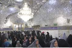 Attività religiosa delle donne musulmane-Sehn(Corte) ornata di pezzetti dello specchio del santuario di Imam Reza,Mashhad,Iran-71