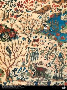 Una parte de alfombra persa realizada en la ciudad de Isfahan – Irán en 1911