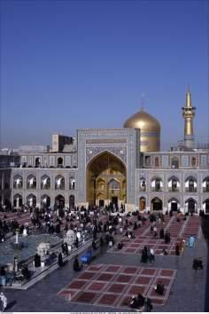 Äußere Ansicht des heiligen Schreins Imam Rezas in Maschhad - Iran - Foto