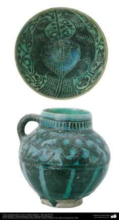 Vasija y plato decorado con aves– cerámica islámica –  Irán- siglo XII dC.