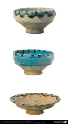 Art islamique - la poterie et la céramique islamiques - Des bols de poterie anciens avec des motifs -Afghanistan, Bamian –  Fin du XII siècle. (27)