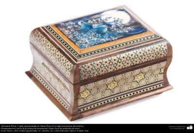 Artesanía Persa- Tintero ornamentado en Jatam Kari- 58