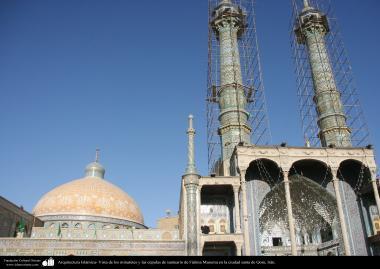 Architettura islamica-Una vista di cupola e minareto del santuario di Fatima Masuma-Città santa di Qom-11