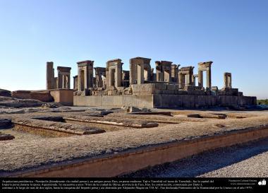 Arquitetura Pré-Islâmica - Persépolis, ou Pars ou Tajt-e Yamshid «o trono de Yamshid», nos arredores de Shiraz, Irã - 12