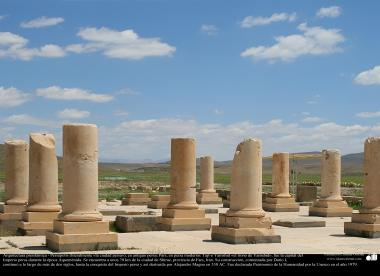 Preislamic Arquitechture - Persepolis or Pars o Tayt-e Yamshid «Yamshid's Throne» near Shiraz - 6