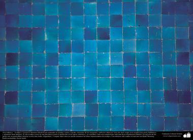 Arte islámico – Azulejos y mosaicos islámicos (Kashi Kari) realizados en paredes, techos, cúpulas, minaretes de las mezquitas y edificios islámicos (65)