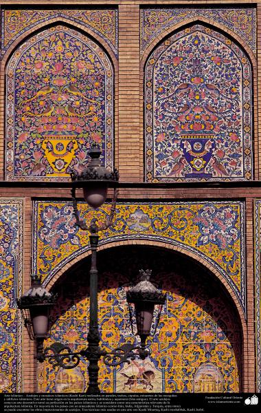 Islamic Arquitechture, Islamic enamel and mosaic (Kashi Kari) in a Mosque- 39