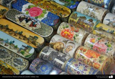 هنر اسلامی - صنایع دستی - نقاشی روی استخوان شتر - 1