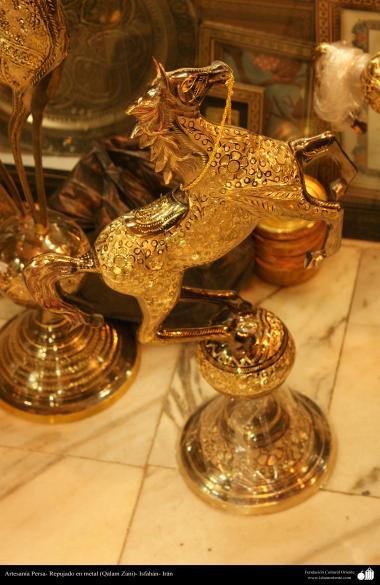 """Иранское искусство - Гравировка металла, """"Галам Зани"""" (тиснение) - Декоративные лошади - 31"""
