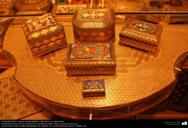 Persian Handicraft- little box ornamentated in Khatam Kari - on the cover a decorative painting - 8