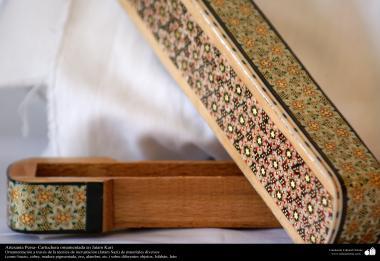 Artesanía Persa- Cartuchera ornamentada en Jatam Kari - 11