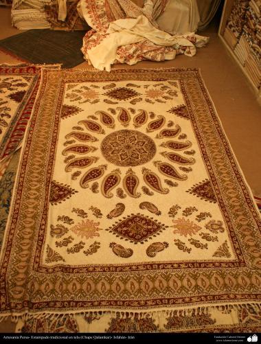 Artesanato Persa - Estampado tradicional em tecido (Chape Qalamkar) Isfahan, Irã - 13