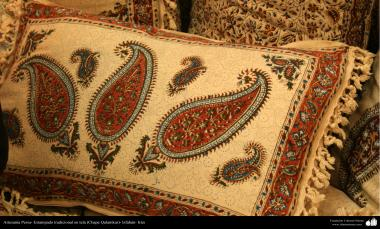 Persian Handicrafts - Traditional stamped on cloth (Chape Qalamkar) - 11