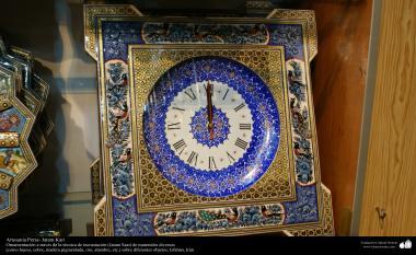 هنر اسلامی - صنایع دستی - خاتم کاری -  ساعت زینتی معرق - اصفهان، ایران - 17