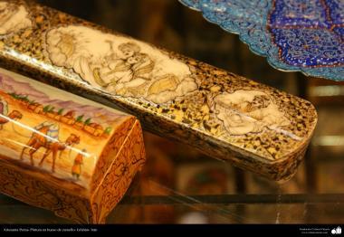 イスラム芸術(工芸品、ラクダの骨の表面の絵画)6