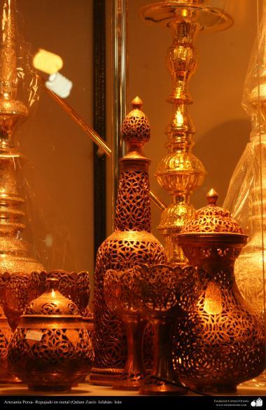 Artesanía Persa- Repujado en metal (Qalam Zani) - 30