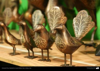 Artesanía Persa- Repujado en metal (Qalam Zani) - 44