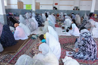 モスクにおけるイスラム教の女性の宗教的な活動