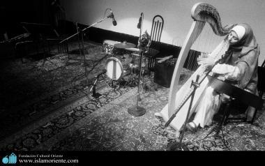 L'attività artistica delle donne musulmane-Suonare gli strumenti musicali in hijab