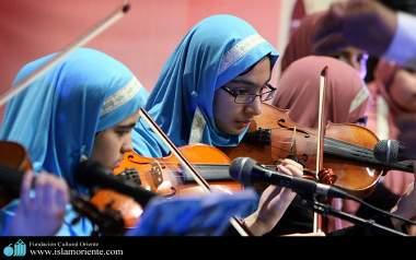 Violinistas  muçulmanas