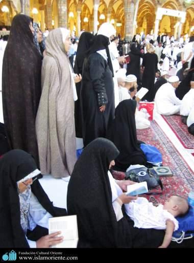 Mulheres muçulmanas na pratica de atividades religiosas - 4