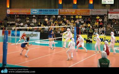 Sport de la femme musulmane - L'equipe nationale de volley-ball Iranienne