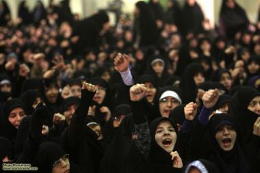 مسلمان خاتون اور حجاب - ایرانی خواتین معاشرہ میں شریک اور سیاست میں حصہ دار - ۲۳۹