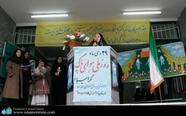 Mulheres muçulmanas em atividades socioculturais