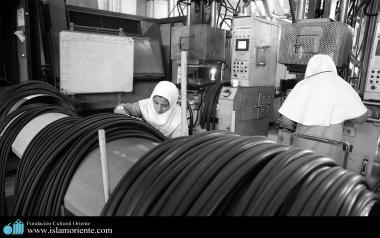 Работа мусульманских женщин - Фабрика - 2