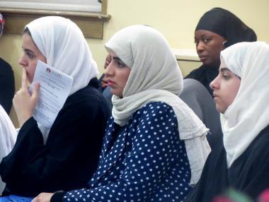 Mulheres  muçulmanas de diferentes etnias