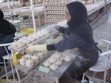 Obrera de cerámica - Mujer musulmana - 40