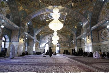 イスラム建築(ラザヴィー・ホラーサーン州のマシュハド市におけるイマム・レザ聖廟のDaralhakamehポルティコの眺め)-3