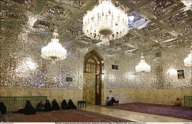 المعماریة الإسلامية - رواق دارالعباده - منظر من الضريح المقدس للإمام الرضا (ع) - قدس رضوي في المدينة المقدسة مشهد، إيران - 60
