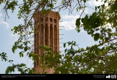 معماری اسلامی، نمایی از بادگیر هوا در باغ دولت آباد یزد - ایران. 2. عکس از سارا مهدی، 2017